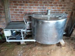 BARBADA!!!Resfriador agrogel 850 litros
