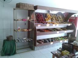 Expositor (gôndola) de frutas e verduras