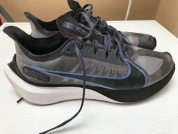 Vendo Nike Zoom Gravity