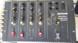 Mesa de som 4 canais