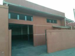 Alugo barracão na  CIC