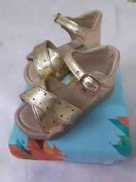 Sandálias N° 19