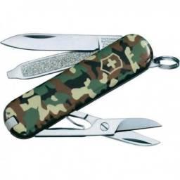 Canivete Victorinox Classic 0.6223.94 7 funçoes camuflado