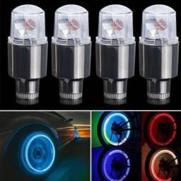 Pito LED - Deixa as rodas do seu carro acesas em movimento (4 Unidades) Pneu