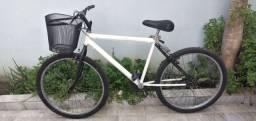 Vendo Bicicleta branca