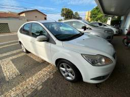 Ford Focus 1.6 Hatch 2013/2013 Branco