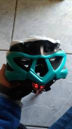 Capacete ciclismo absolute