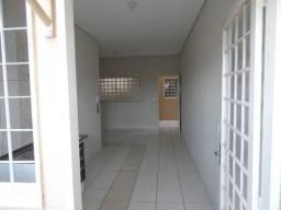 Alugo Apartamento Condom. Carneiro (1 Dorm.) = Bebedouro SP