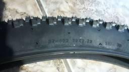 Troca de pneus...29 por 26
