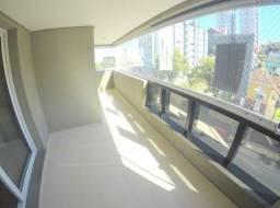 Excelente Apartamento Semi Mobiliado no Madureira por um valor atrativo!!