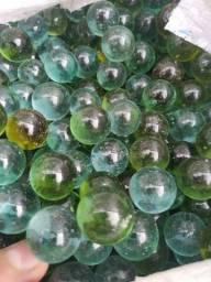 Pacote com 3000 bolas de gude