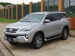 Toyota Hilux SW4 SRX 5 Lugares 4x4 Diesel