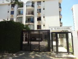 Venda- Apartamento 03 quartos próx. ao Colégio Auxiliadora- Ed. Hélio de Siqueira