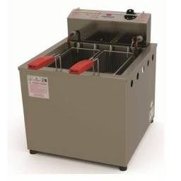 Fritadeira eletrica oleo e agua, nova  na caixa
