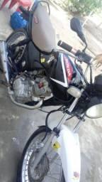 Vende-se moto 125