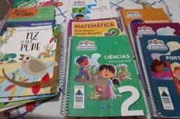 Livros 2 ano Escola Compasso