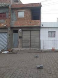 Casa com dois pavimentos em São Caetano - 67 mil