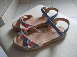 Sandália infantil tamanho 32