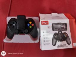 Gamepad wireless controller