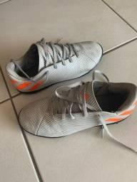 Chuteira Adidas e Tênis Asics