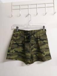Título do anúncio: Shorts com estampa militar - tamanho M