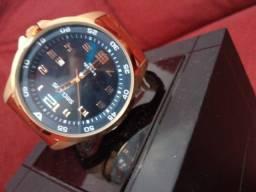 Vendo relógio séculos original