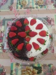 Bolos decorados vulcão etc vários sabores o kilo a partir de 40,00 depende do bolo