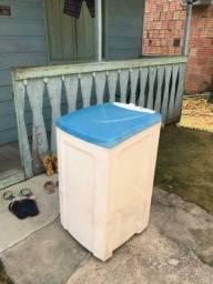 Máquina de lavar semi novo