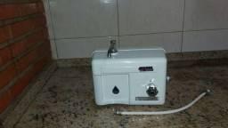 Vendo um filtro de água Multiprocessador Hidromagnetico ( Filtragem Tripla )