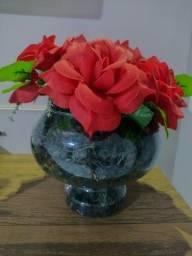 Vaso vidro flores artificiais vermelhas