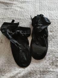 Protetor de calçados para moto