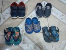 Sapatinhos / sandálias para menino