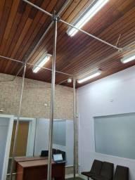 Estrutura com barra pole dance
