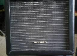 Amplificador multi-uso Attack - Troco em pedaleira