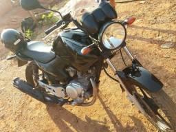 Vendo ou troco Yamaha 2012/2013 documento atrasado - 2012