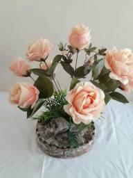 Arranjo floral Rosas (artificial)