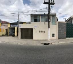Ótima casa parte térrea na Rodovia João Bebe Água, c/ 2 quartos, Bairro Rosa Elze