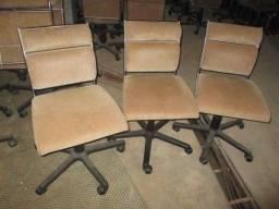 Cadeiras com rodinhas