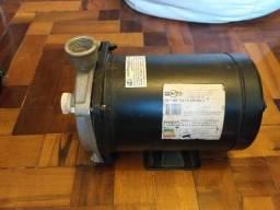 Bomba centrífuga Dancor 1,0CV trifásica 220/380V