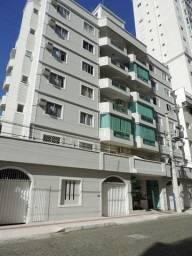 Apartamento ótima localização em Balneário Camboriú