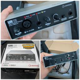 Interface de áudio Steinberg UR12
