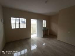 Casa de condomínio de 35m² com um dormitório, sala e cozinha (sem vaga)