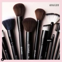 Maquiagens, Pincéis, Shampoo, Produtos de Beleza