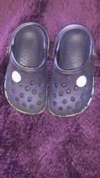 Sapatos e sandália bebê