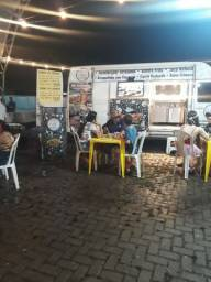 Food Truck da Iveco completo com plataforma de churrasco