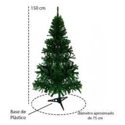 Árvore de natal primeiro verde