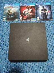 PS4 slim 1TB