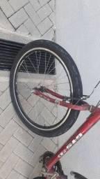 Bicicleta anda normal corre bem gts  pneus zerados