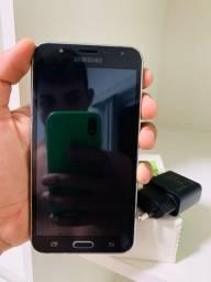 Vendo Samsung Galaxy J7 16 GB preto 1.5 GB RAM