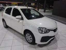 Toyota Etios 1.3 Aceito troca e Financio chama no *
